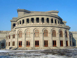 Театр оперы и балета им. А. Спендиарова, Ереван
